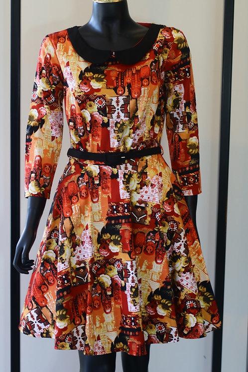 W20 Import Poupee Red Dress