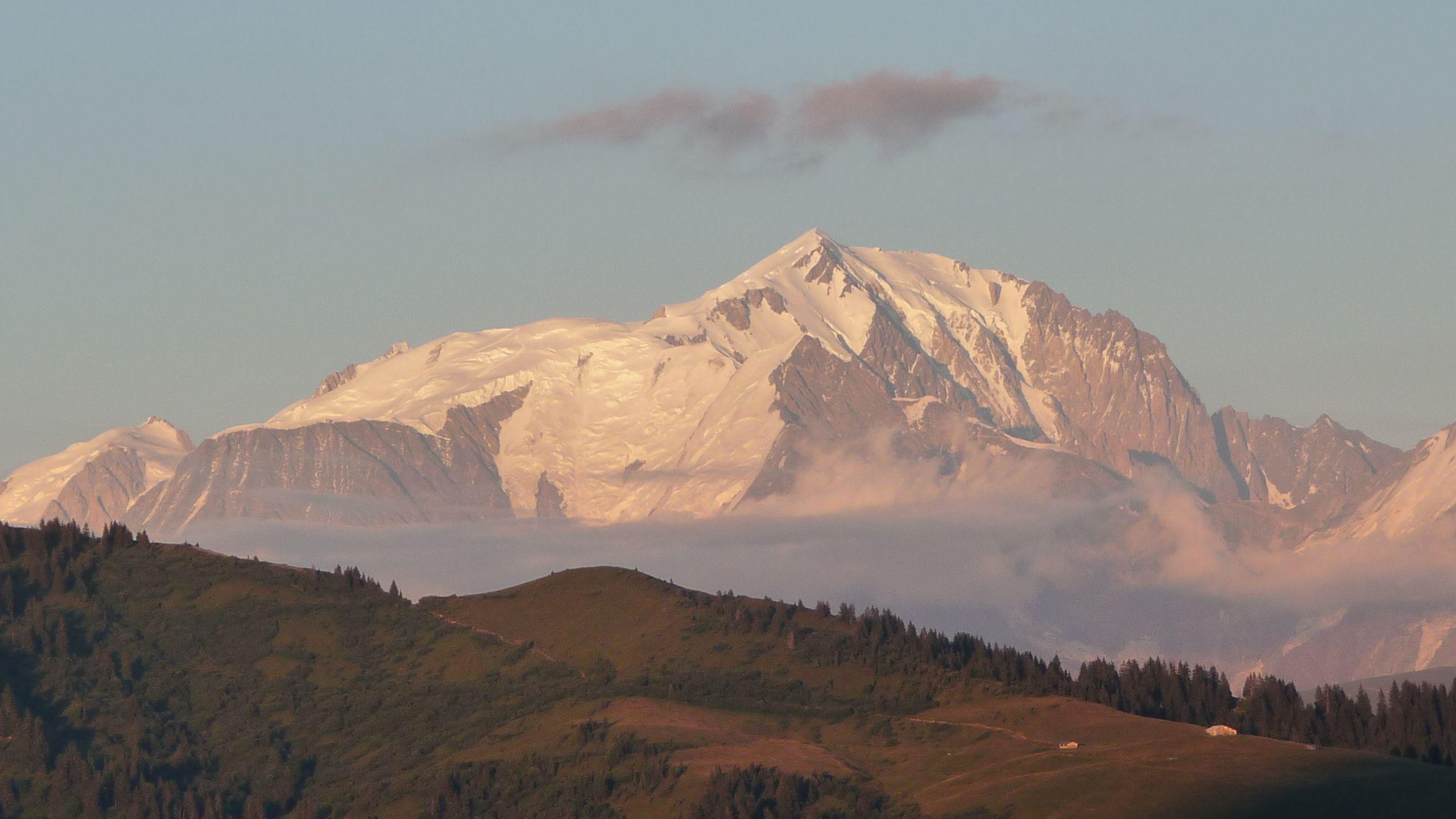 Coucher de soleil sur Mont Blanc