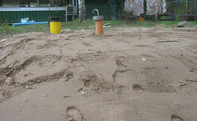 Jätevesisäiliö peitettynä