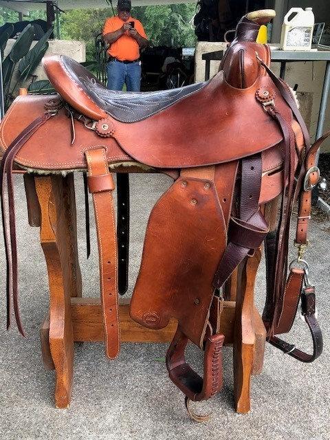 "16"" Fallis Balanced  Saddle"