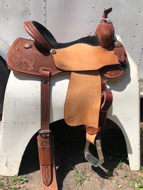 "15"" HR Saddle"