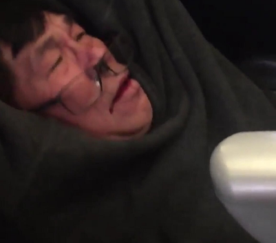 United Airlines just showed us all the worst customer service imaginable