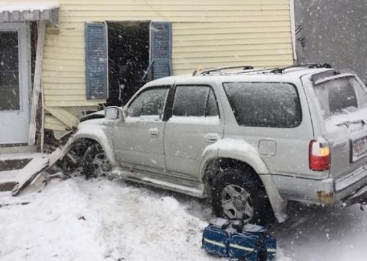 Car accident Pehlam snowstorm ice pre-settlement funding Simia
