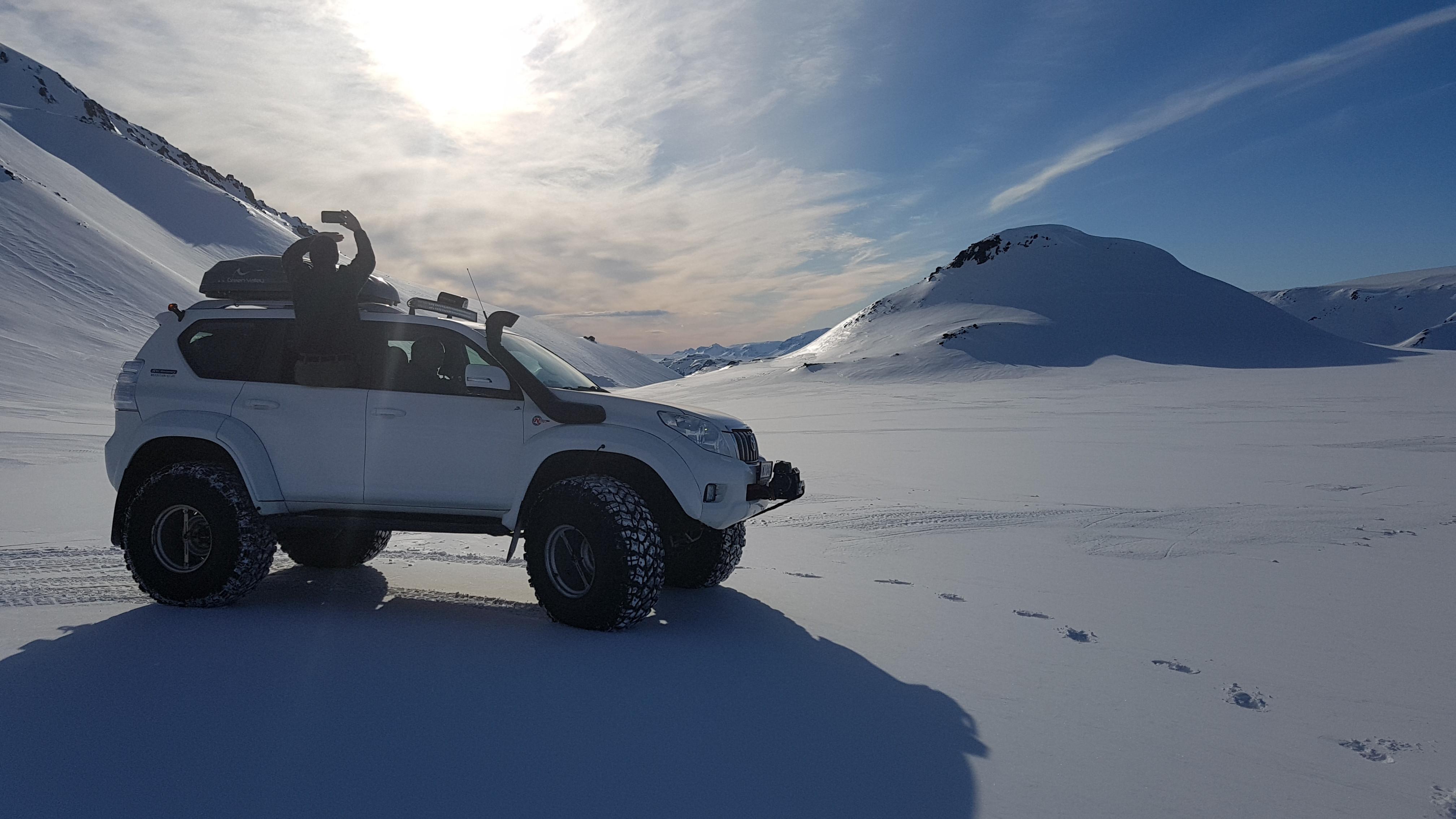 Borgarfjörður & Glacier 4U