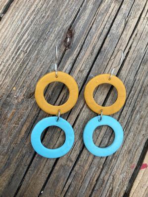 Gold & Pastel Blue Circles