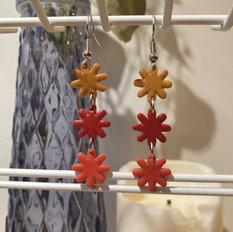 Triple Smal Daisies in Cognac, Red, and Vermillion