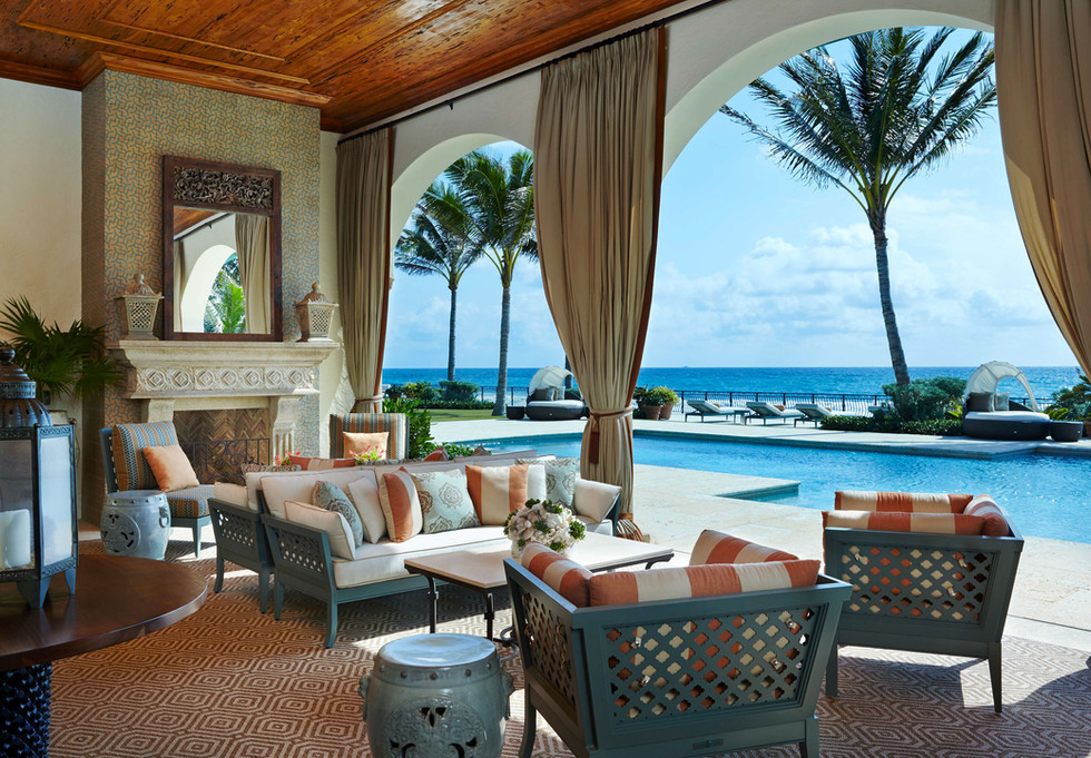 South Palm Beach Estate Outdoor Living