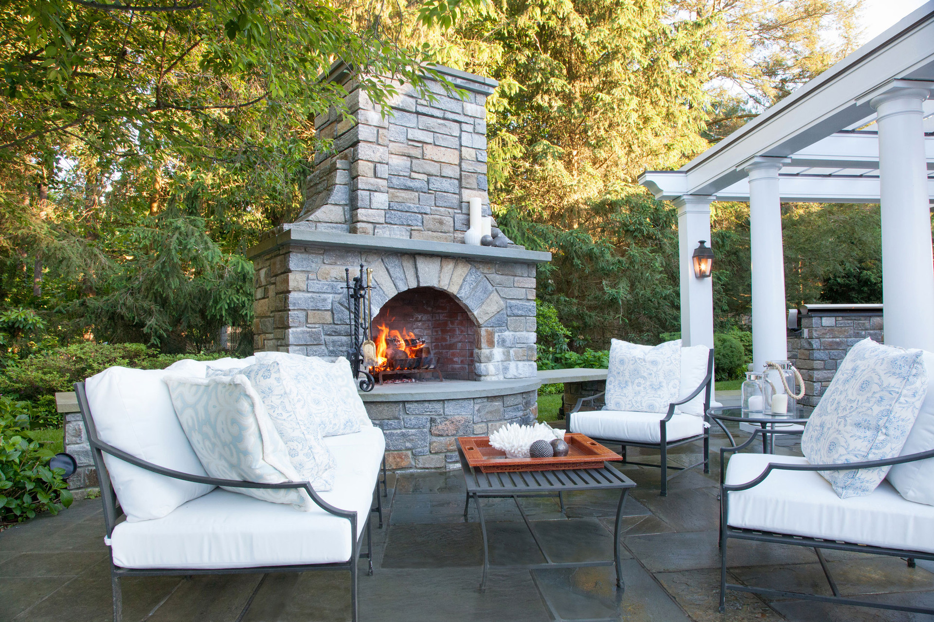 New Canaan Classic Pool House Outdoor Living