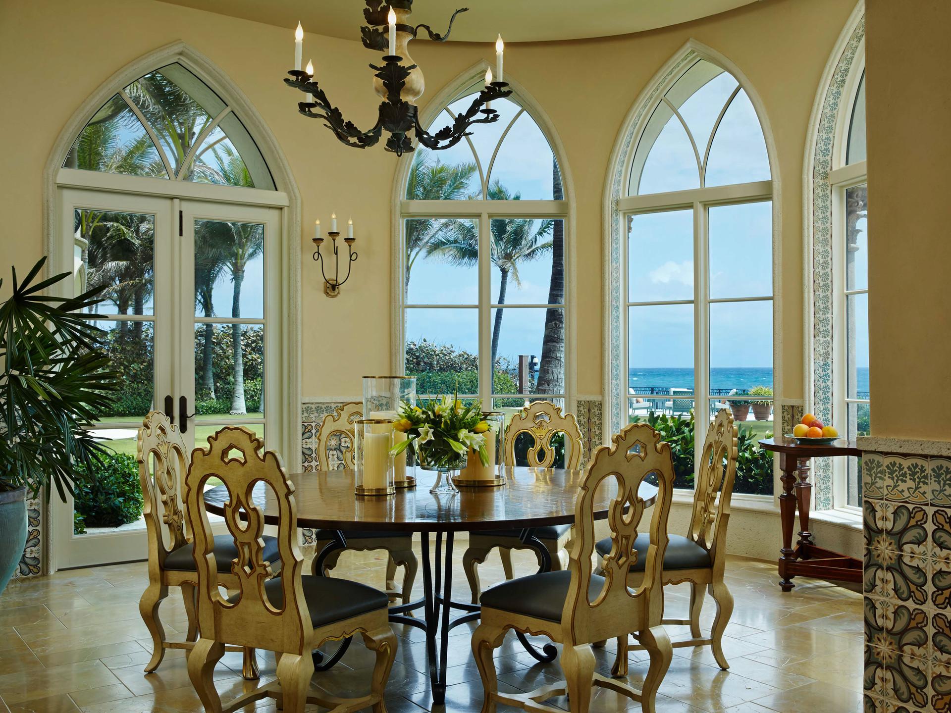 South Palm Beach Estate Breakfast Room