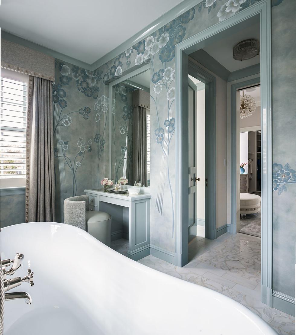 Belle Haven Colonial Master Bathroom