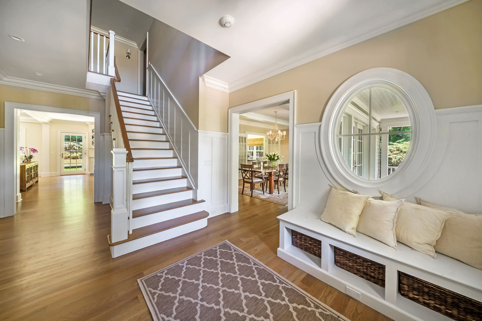 Cos Cob Gem Foyer