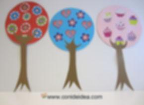 Árboles de cartulina
