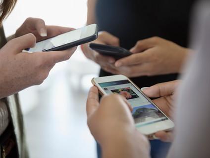 Telus & Children's Aid Foundation of Canada are offering Free Phones