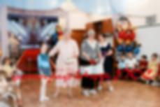 """Детский сад """"Дельфинёнок"""" №736 , ул. Чаплыгина, 101, Новосибирск, Новосибирская обл., Россия, 630099, выпускной вечер, заведущая детским садом """"Дельфинёнак"""""""