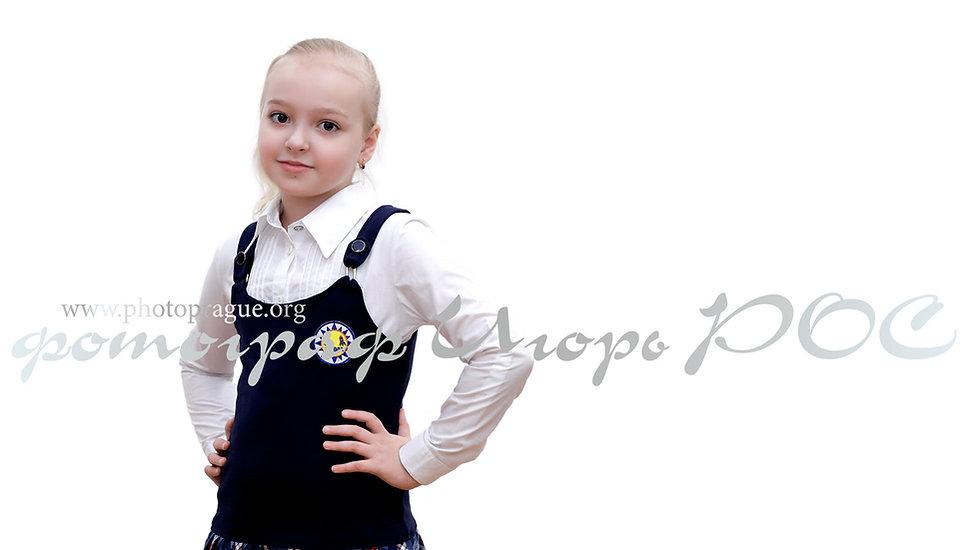 фотосъёмка для школьных выпускных альбомов Новосибирске, школьница.