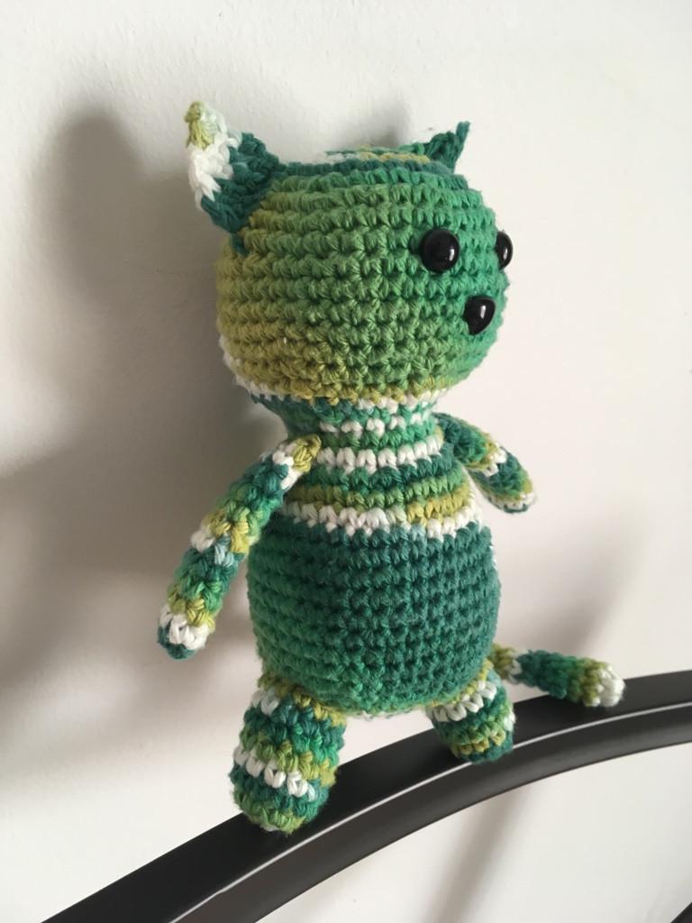 Crochet Bonnet Sizes Newborn through Adult - a free pattern — Left ... | 1024x768