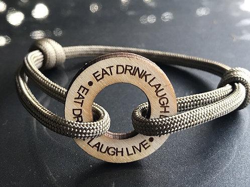 EAT DRINK LIVE LAUGH aus Holz
