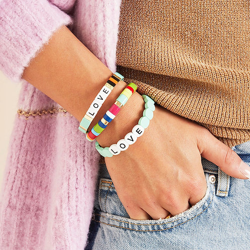 Armband mit Love-Gravur