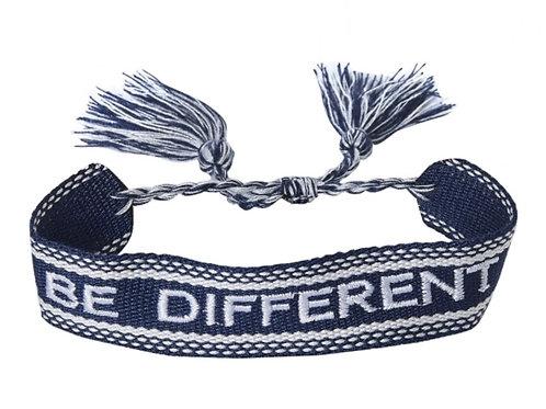 "Gewebtes Armband ""be different"""