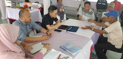 Meeting fishermen in Tanjung Piai, APPGM field work
