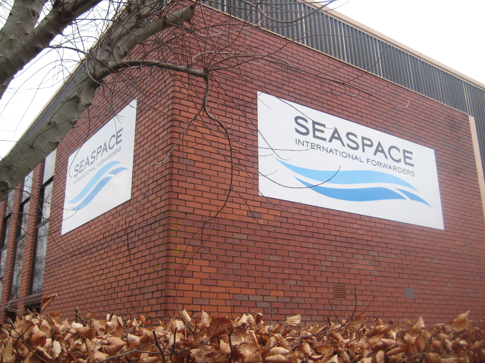 dibond-sign-panels-with-vinyl-graphics-seaspace