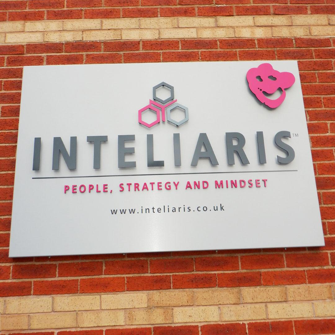 INTELIARIS
