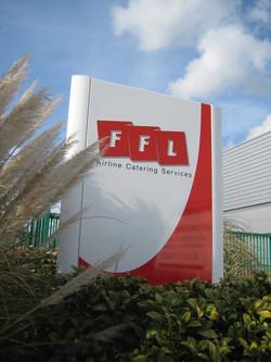 aluminium-monolith-with-vinyl-graphics-ffl