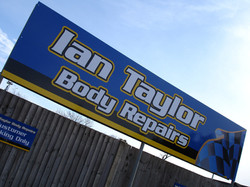dibond-sign-panels-with-vinyl-graphics-ina-taylor
