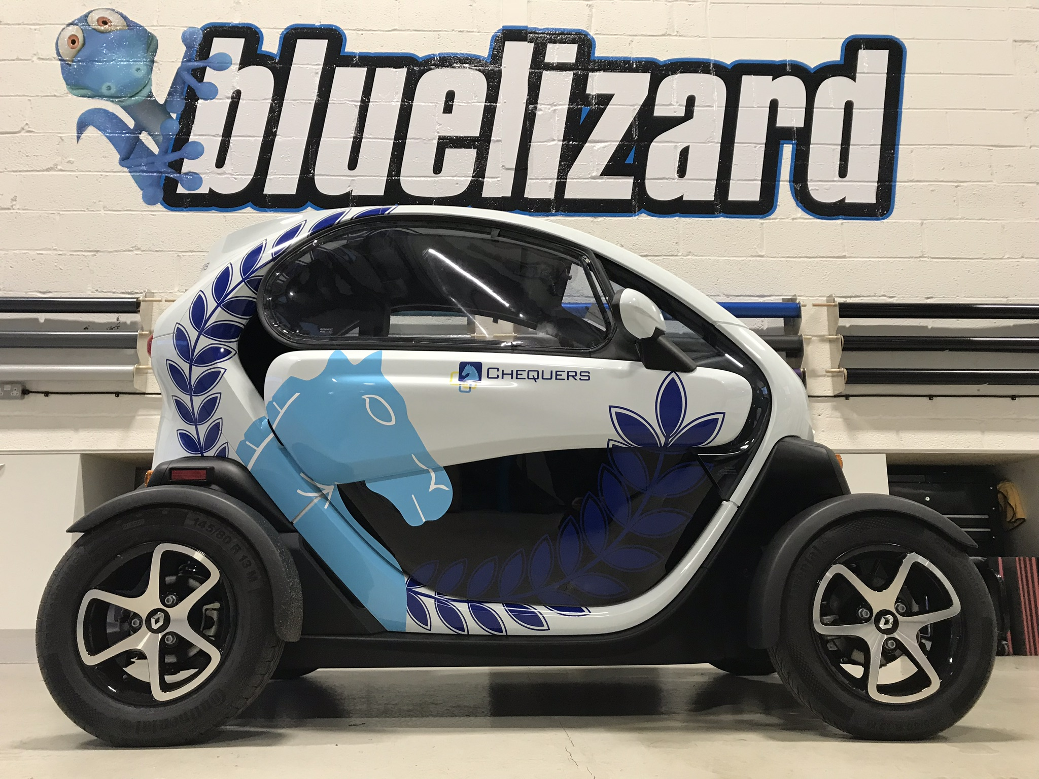 CHEQUERS RENAULT TWIZY