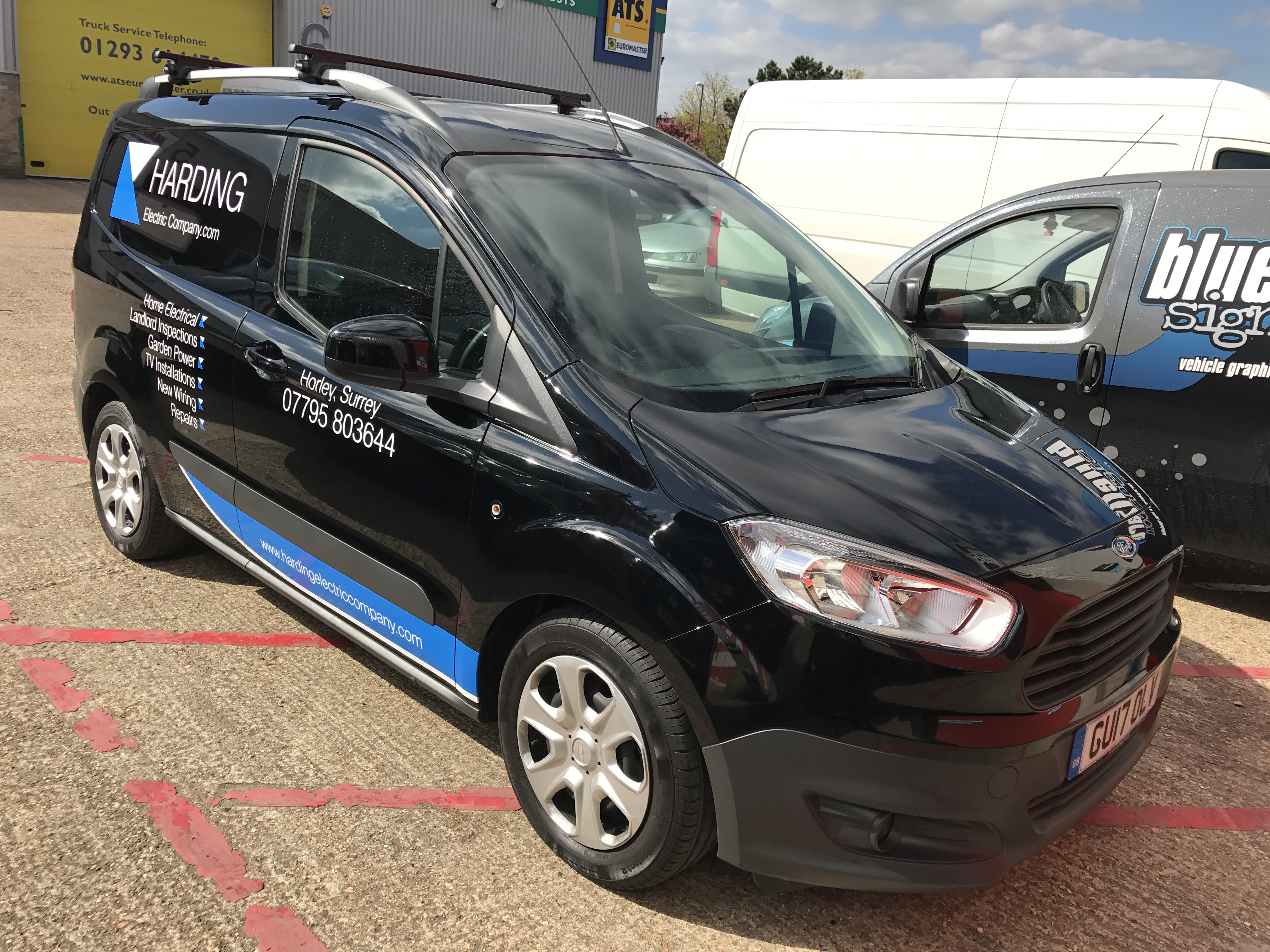 HARDINGS ELECTRIC CONNECT VAN