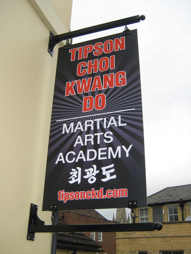 tipson-hanger