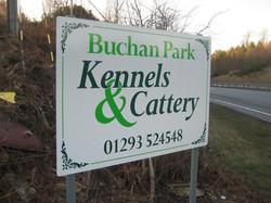 aluminium-sign-panel-with-vinyl-graphics-on-posts-buchan-park