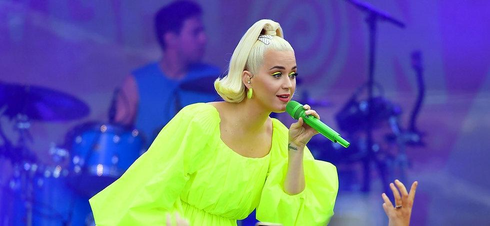 Katy-Perry-performing_edited_edited.jpg