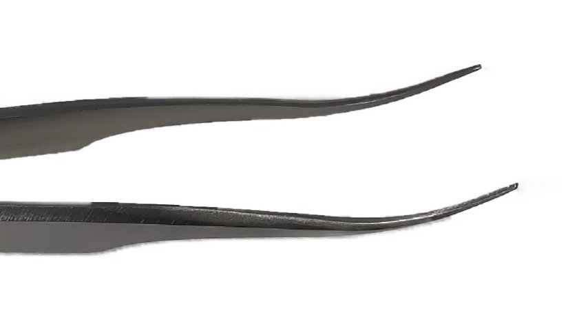 Curved Tip Eyelash Tweezers