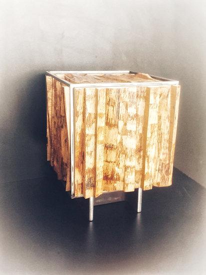 Design decorative Cube in wood & steel. By MarKus Furniture.