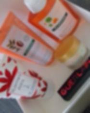 box remplie de produits guerlain diadermine kloane planter's