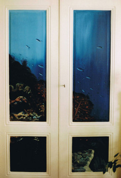 Décor peint portes salon