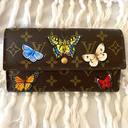 Fly Away: Louis Vuitton International Long Wallet