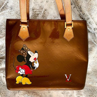 Minnie Mouse painting on Louis vuitton v