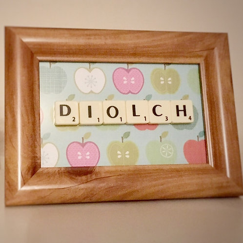 SCRABBLE FRAME - DIOLCH (THANK YOU)