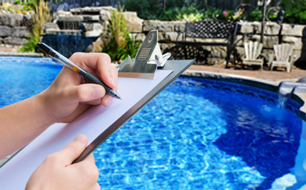 Pool Cleanig Service in Lake Elsinore