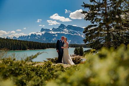 16 seasons, wedding, bride, groom, banff, destination weddig