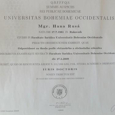Diplom%20JUDr._edited.jpg