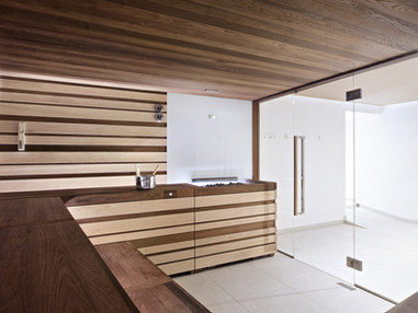 starpool-sauna-svetle-drevo