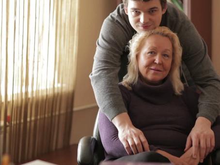Mamma hotel už není v kurzu, mladí ho chtějí opustit před pětadvacítkou