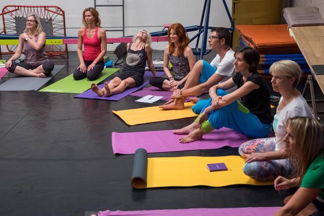 16_yoga-43.jpg