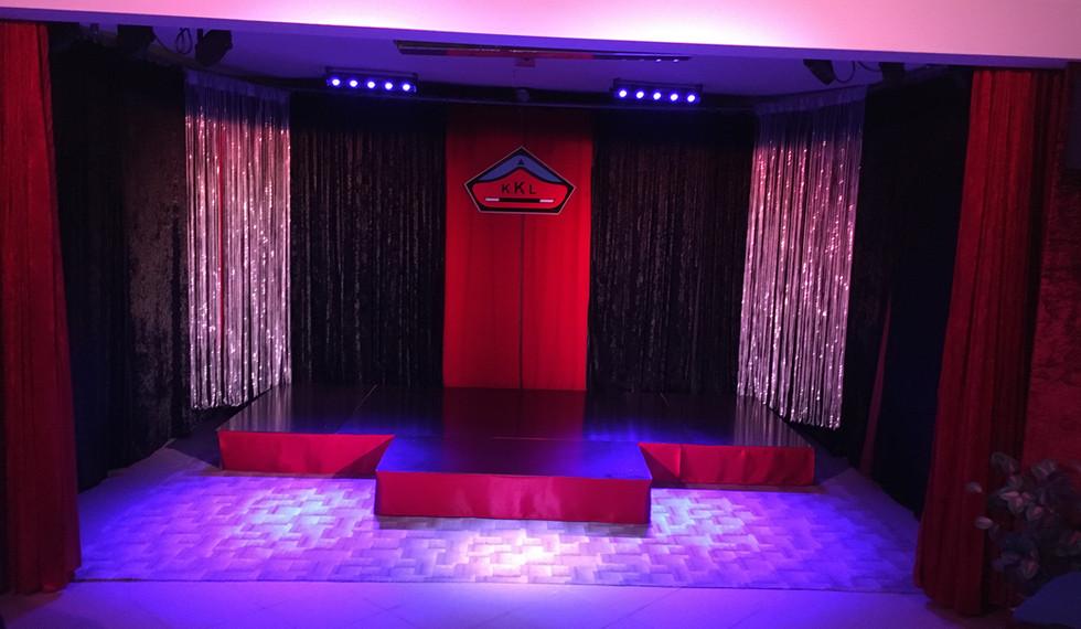 Nové podium v Magickém sklepení