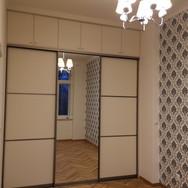 Atyp nábytek šatna skříň na míru s posuvnými dveřmi