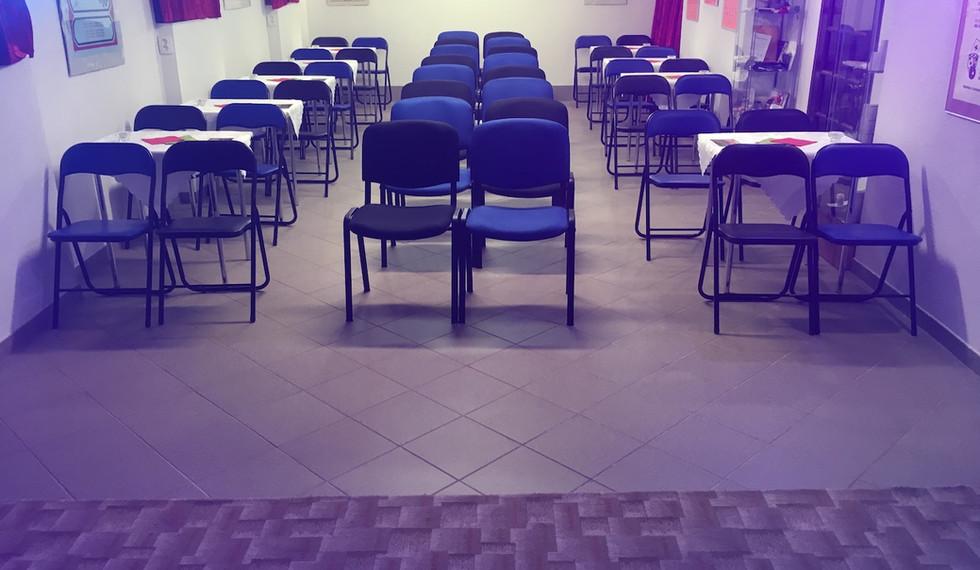 Kapacita k sezení je až 40 míst