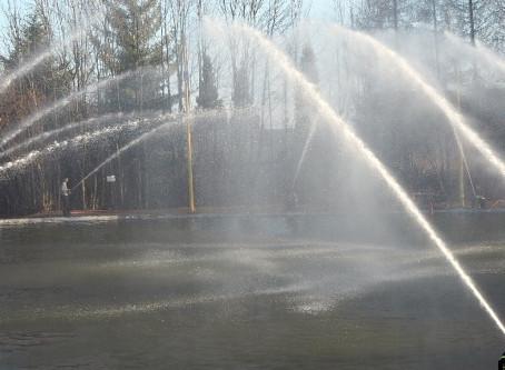 Hasičskou fontánu v Praze budou dirigovat tablety. Hasiči si to už vyzkoušeli